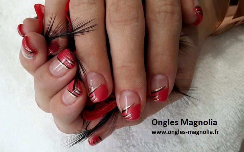 ongles magnolia pose french permanente couleur rouge et d coration noir argent ongles magnolia. Black Bedroom Furniture Sets. Home Design Ideas