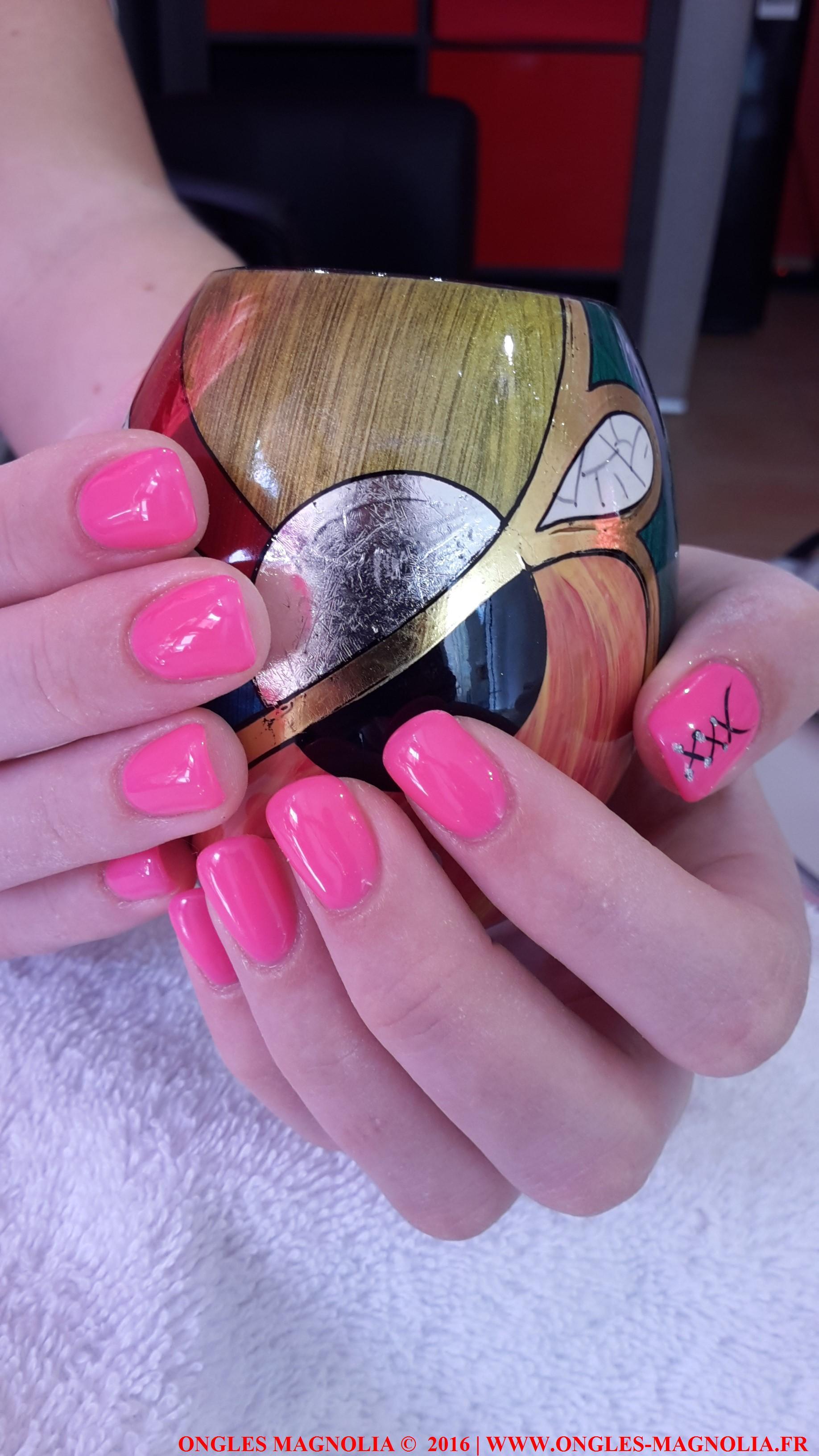 Pose-ongles-nail-art-neuville-sur-saone-lyon-ongles magnolia 052016