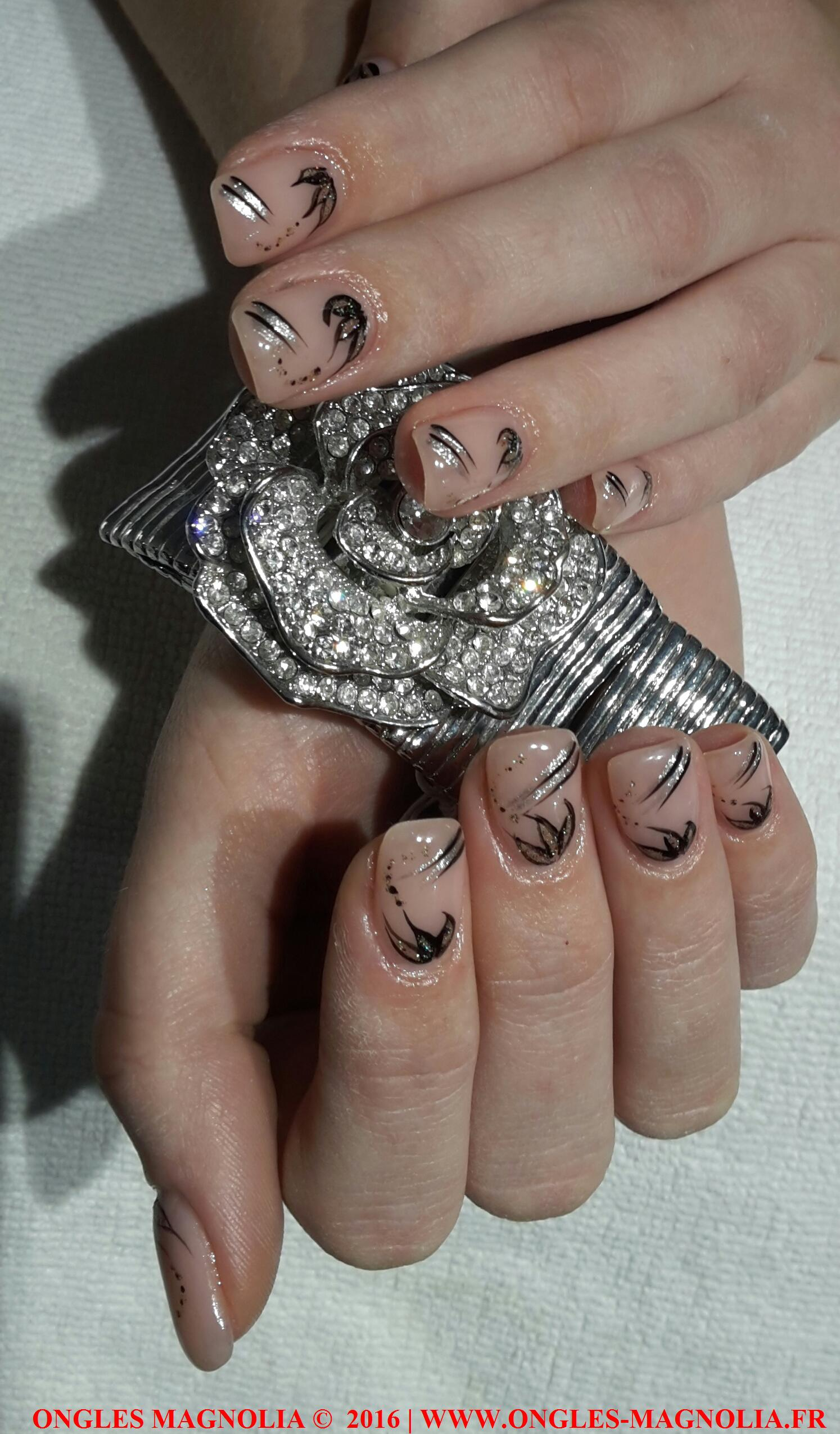 Pose-ongles-nail-art-neuville-sur-saone-lyon-ongles magnolia 172016