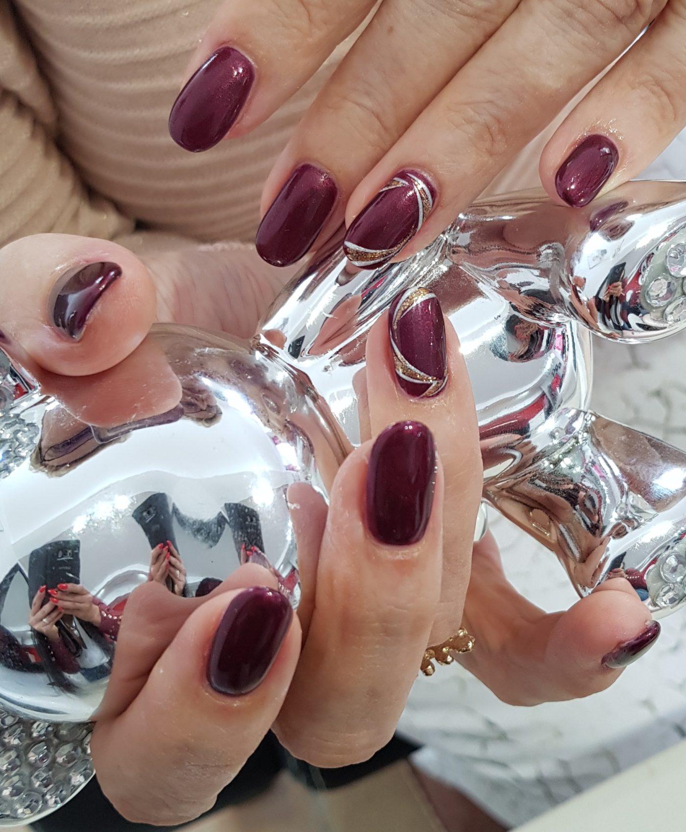 Pose-ongles-nail-art-neuville-sur-saone-lyon-ongles magnolia